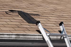Dachreparaturen führt HR Dachbautechnik in Wassenberg, Heinsberg und Erkelenz zuverlässig aus.