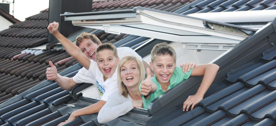 Dachsanierung aus einer Hand: HR Dachbautechnik und seine Dachdecker aus Heinsberg und Wassenberg sind Ihre kompetente Partner!